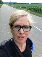 http://wldn.fr/files/gimgs/th-54_wldn_joanne_leighton_walk_3_1745_jl100kms.jpg